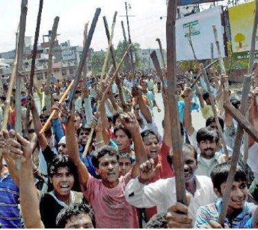 INDIA_hindu_violence_(345_x_309).jpg